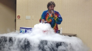 We enjoyed an exciting summer reading kick-off with Sciencetellers!