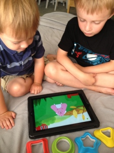 Playing Tiggly Safari helps kids identify shapes, colors and animals!