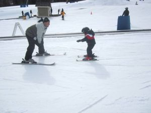 Learning to ski helps kids increase confidence and self-esteem!