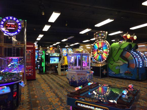 Camelback Arcade